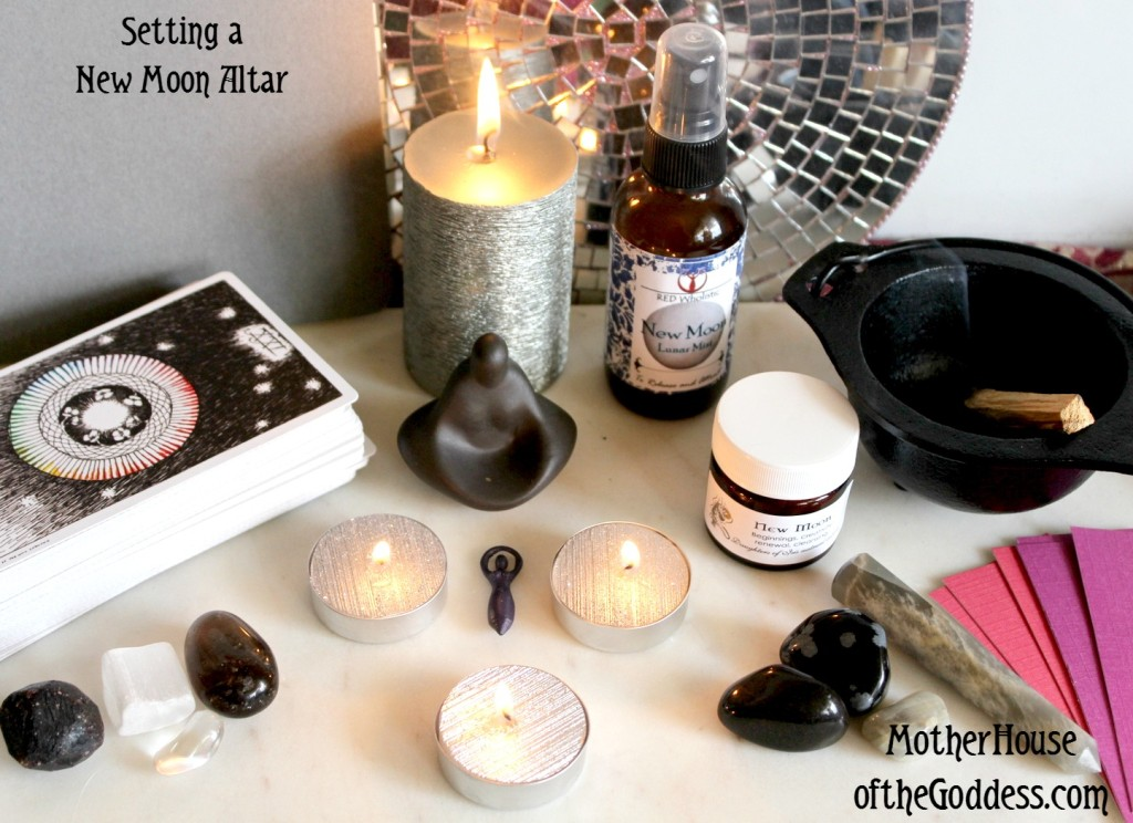 Setting a New Moon Altar Kimberly F Moore MotherHouse of the Goddess