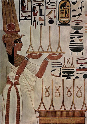 A queen…obviously not Doing Things; from the tomb of Nefertari