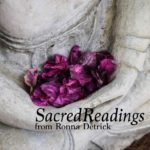 Sacred Readings with Ronna Detrick {Goddess Gift Guide}