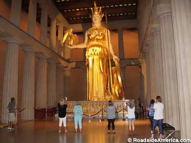 athena-statue-in-us